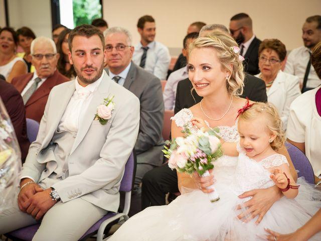 Le mariage de Adrien et Angelique à Saint-Brice, Seine-et-Marne 15