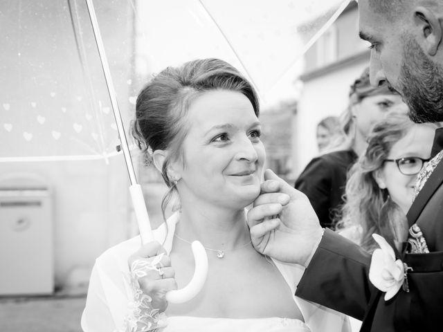 Le mariage de Adrien et Roxanne à Saint-Jean-de-Liversay, Charente Maritime 4
