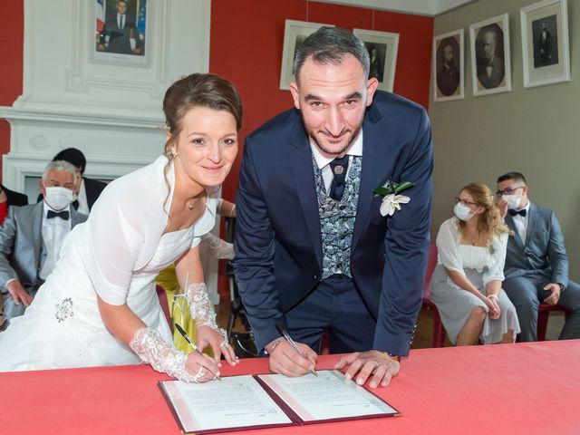 Le mariage de Adrien et Roxanne à Saint-Jean-de-Liversay, Charente Maritime 5