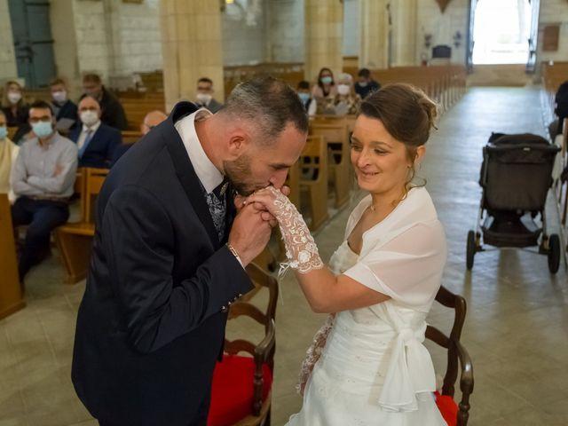 Le mariage de Adrien et Roxanne à Saint-Jean-de-Liversay, Charente Maritime 10