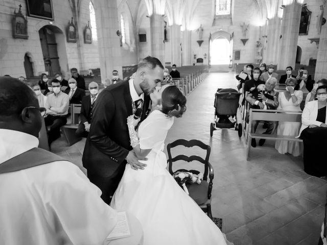 Le mariage de Adrien et Roxanne à Saint-Jean-de-Liversay, Charente Maritime 12
