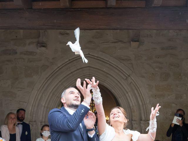 Le mariage de Adrien et Roxanne à Saint-Jean-de-Liversay, Charente Maritime 16