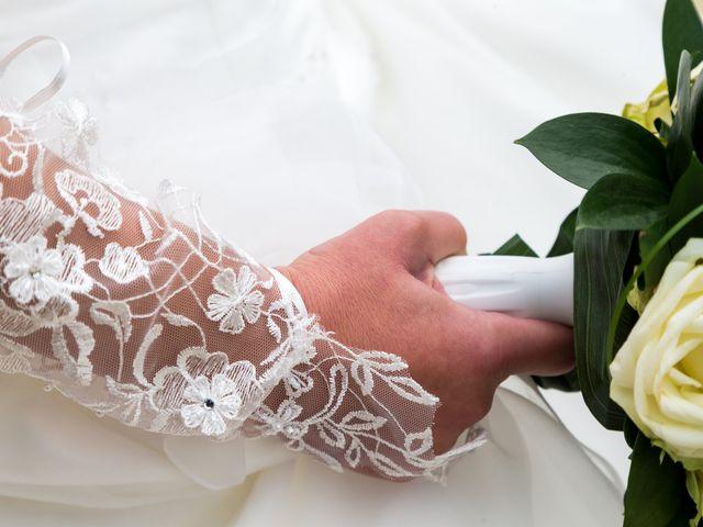Le mariage de Adrien et Roxanne à Saint-Jean-de-Liversay, Charente Maritime 25