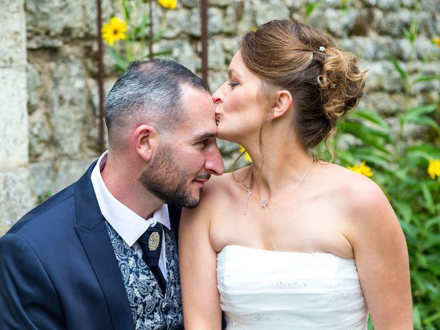 Le mariage de Adrien et Roxanne à Saint-Jean-de-Liversay, Charente Maritime 2