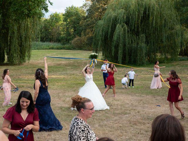Le mariage de Maxime et Elodie à Champs-Sur-Marne, Seine-et-Marne 74