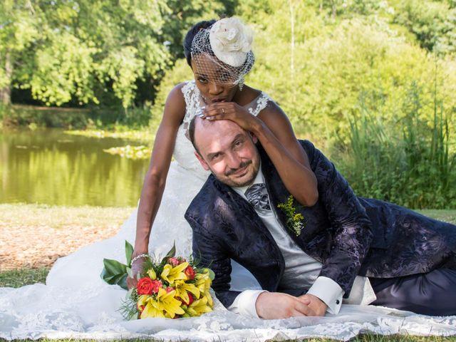 Le mariage de Stéphane et Magica à Poitiers, Vienne 17
