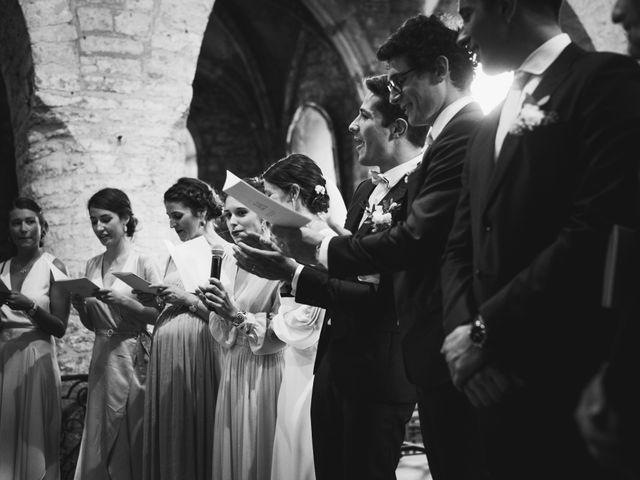 Le mariage de Arthur et Lola à Salins-les-Bains, Jura 11