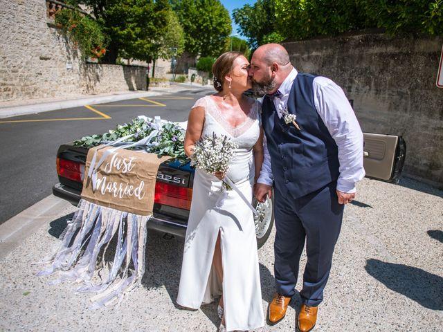Le mariage de Julien et Justine à La Coucourde, Drôme 2