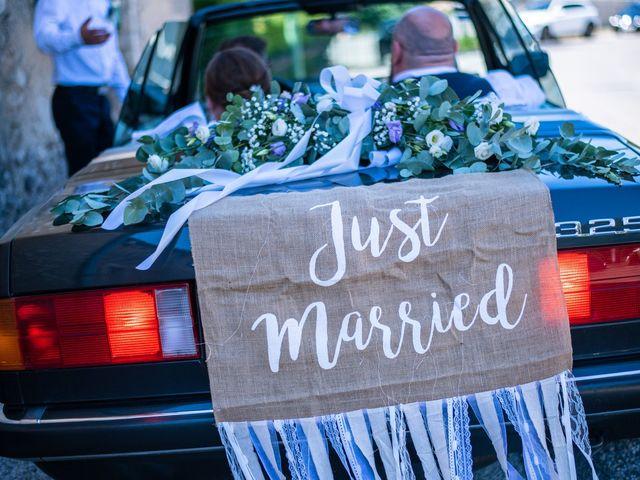 Le mariage de Julien et Justine à La Coucourde, Drôme 3