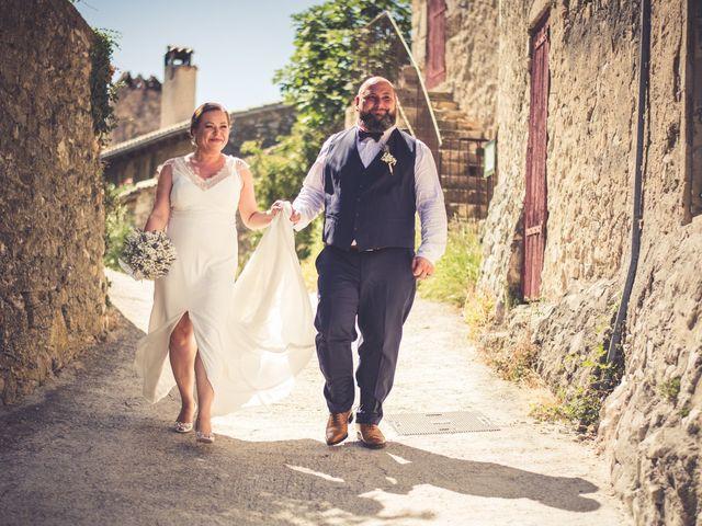 Le mariage de Julien et Justine à La Coucourde, Drôme 5