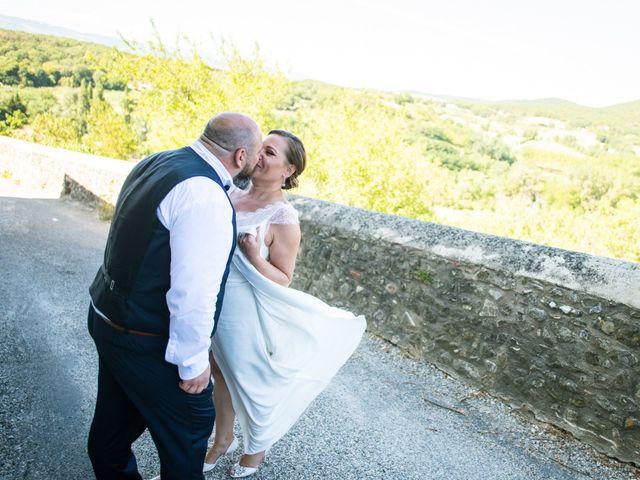 Le mariage de Julien et Justine à La Coucourde, Drôme 15