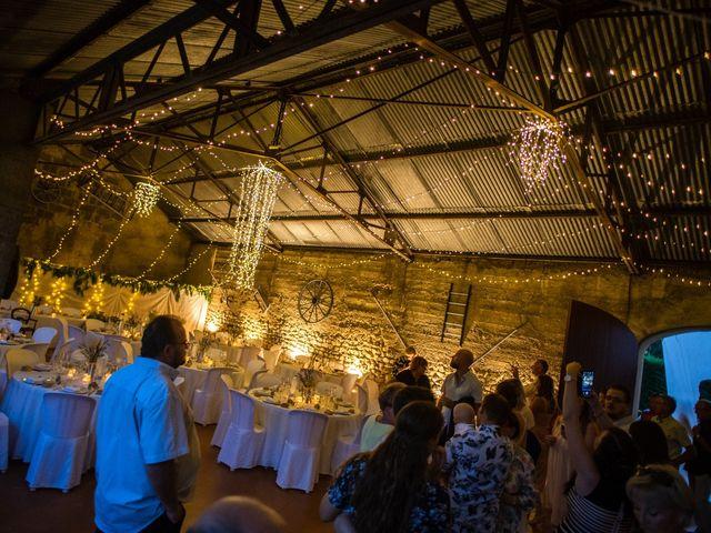 Le mariage de Julien et Justine à La Coucourde, Drôme 19
