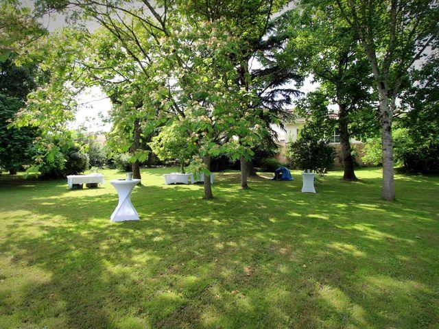 Le mariage de Ludovic et Jennifer à Caudrot, Gironde 16
