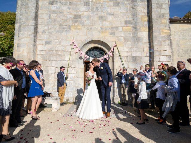Le mariage de Cyril et Hélèna à Cognac, Charente 12