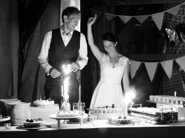 Le mariage de Cyril et Hélèna à Cognac, Charente 32