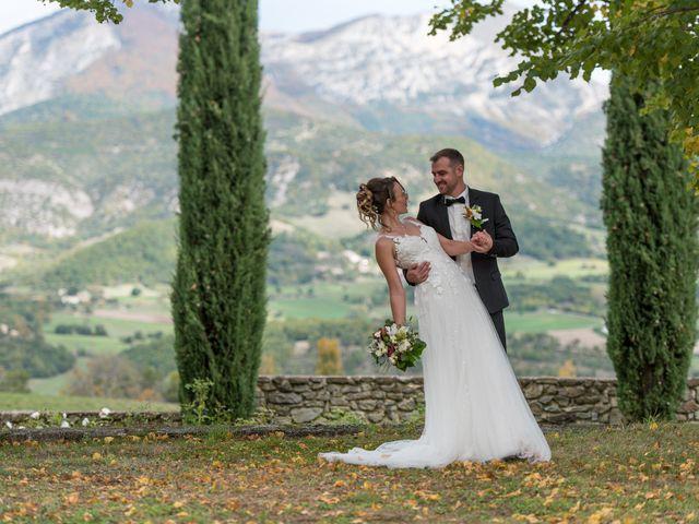 Le mariage de Guillaume et Bénédicte à Le Poët-Célard, Drôme 11