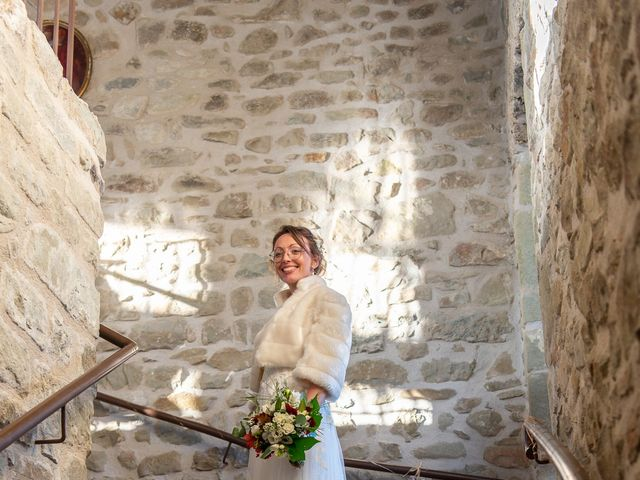 Le mariage de Guillaume et Bénédicte à Le Poët-Célard, Drôme 30