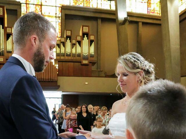 Le mariage de Damien et Laurianne à Le Havre, Seine-Maritime 39