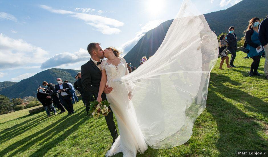 Le mariage de Guillaume et Bénédicte à Le Poët-Célard, Drôme