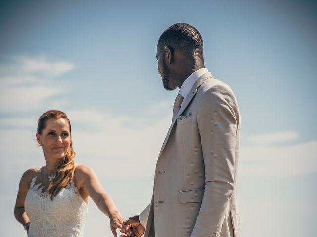 Le mariage de Bafodé et Margaux à Lesconil, Finistère 15
