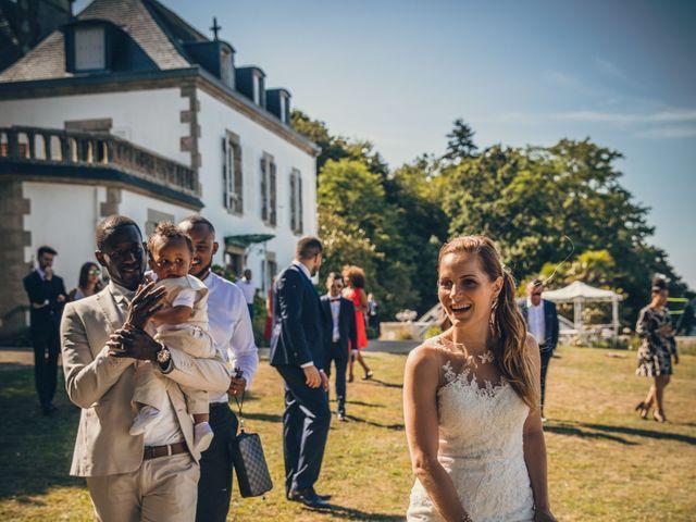 Le mariage de Bafodé et Margaux à Lesconil, Finistère 20