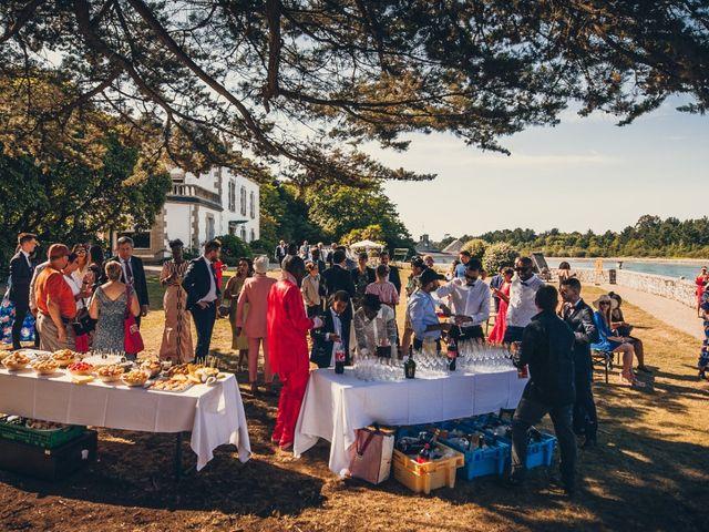 Le mariage de Bafodé et Margaux à Lesconil, Finistère 38