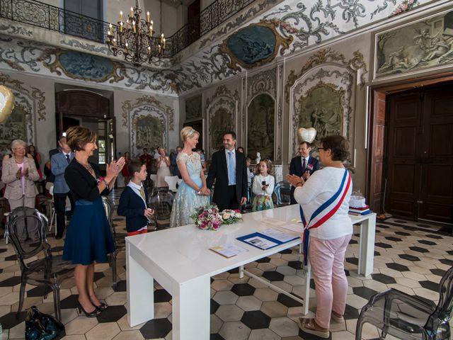 Le mariage de Nicolas et Sandy à Viviers, Ardèche 1