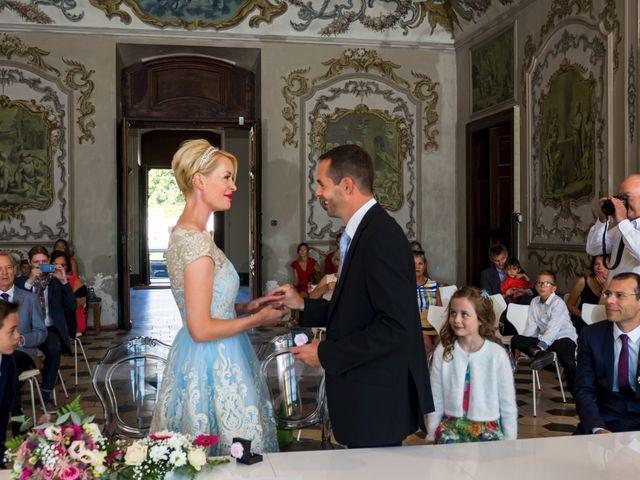 Le mariage de Nicolas et Sandy à Viviers, Ardèche 6