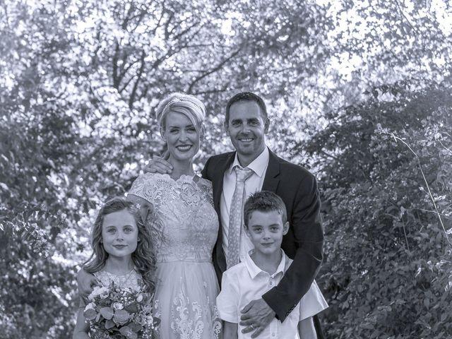 Le mariage de Nicolas et Sandy à Viviers, Ardèche 13