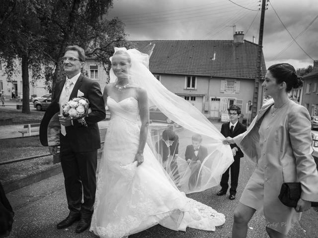 Le mariage de Paul et Julie à Neufchâteau, Vosges 35