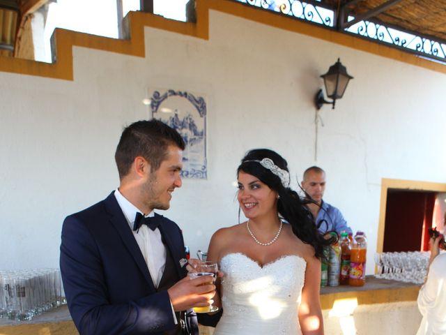 Le mariage de Renaud  et Ludivine à Nîmes, Gard 23