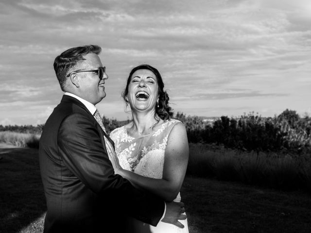 Le mariage de Fred et Karine à Bagnols, Rhône 13