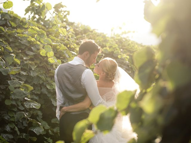 Le mariage de Adrien et Anaïs à Bastia, Corse 32