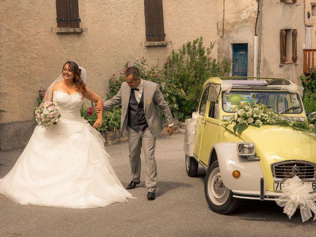 Le mariage de Stephane et Séverine à Saint-Benoit, Alpes-de-Haute-Provence 6