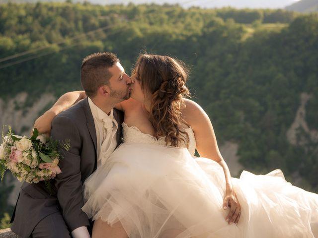 Le mariage de Stephane et Séverine à Saint-Benoit, Alpes-de-Haute-Provence 7