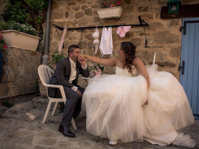 Le mariage de Stephane et Séverine à Saint-Benoit, Alpes-de-Haute-Provence 8