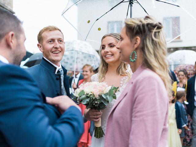 Le mariage de Emmanuel et Justine à Pommiers, Rhône 1