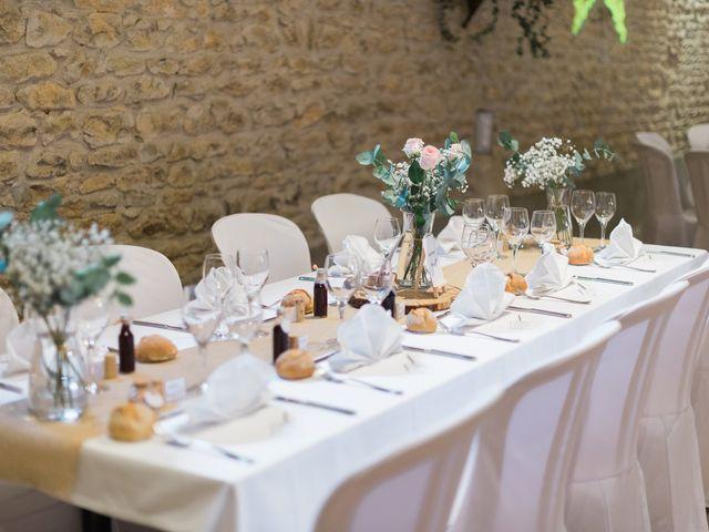 Le mariage de Emmanuel et Justine à Pommiers, Rhône 11