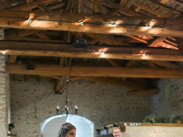 Le mariage de Emmanuel et Justine à Pommiers, Rhône 15