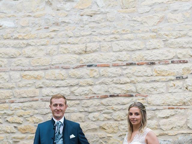 Le mariage de Emmanuel et Justine à Pommiers, Rhône 18