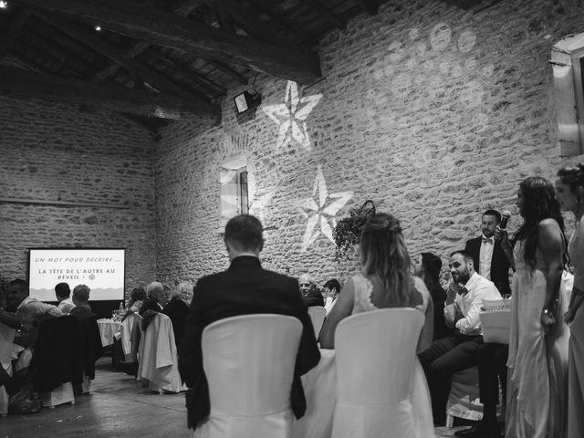 Le mariage de Emmanuel et Justine à Pommiers, Rhône 33