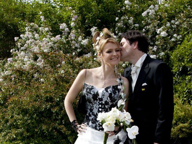 Le mariage de Julie et Manou à Villette-lès-Dole, Jura 10