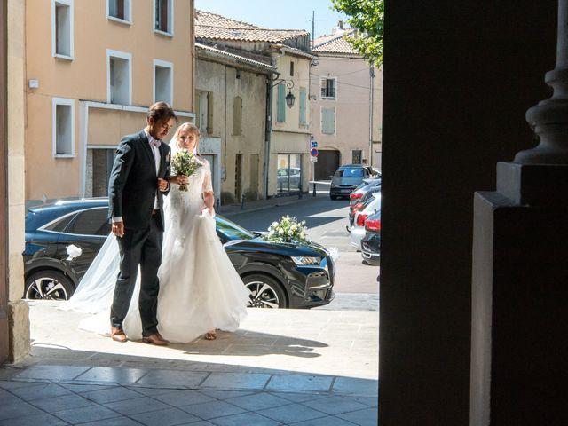 Le mariage de Ladislas et Flora à Pierrelatte, Drôme 15