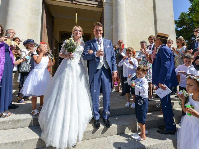 Le mariage de Ladislas et Flora à Pierrelatte, Drôme 18