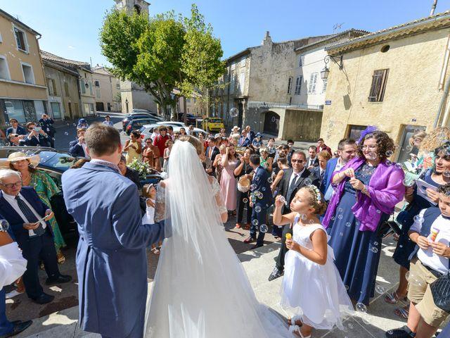 Le mariage de Ladislas et Flora à Pierrelatte, Drôme 19