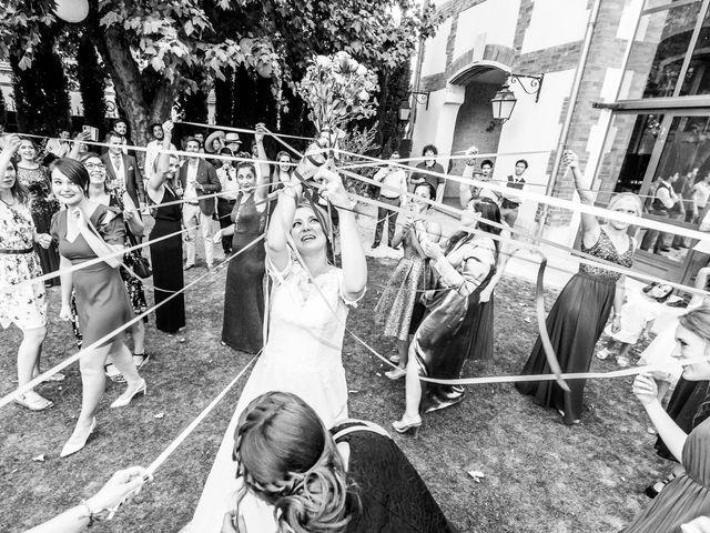 Le mariage de Ladislas et Flora à Pierrelatte, Drôme 2