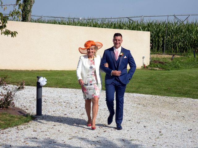 Le mariage de Valentin et Mélanie à Belpech, Aude 77