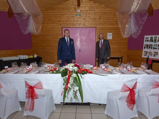 Le mariage de Francis et Emilie à Combronde, Puy-de-Dôme 8