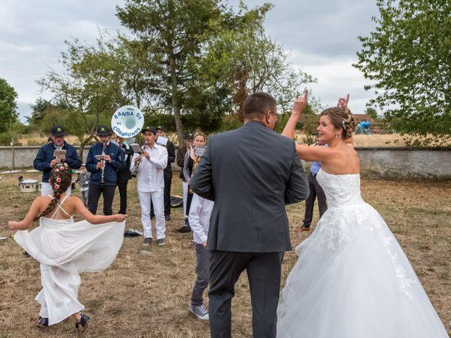 Le mariage de Francis et Emilie à Combronde, Puy-de-Dôme 18