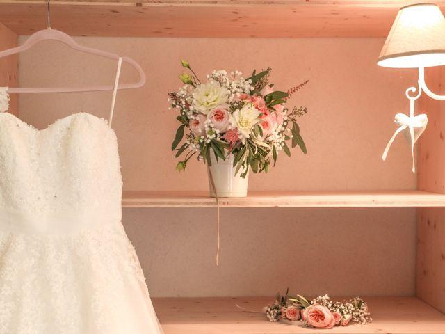 Le mariage de Marc et Gwendoline à Collonges, Ain 2